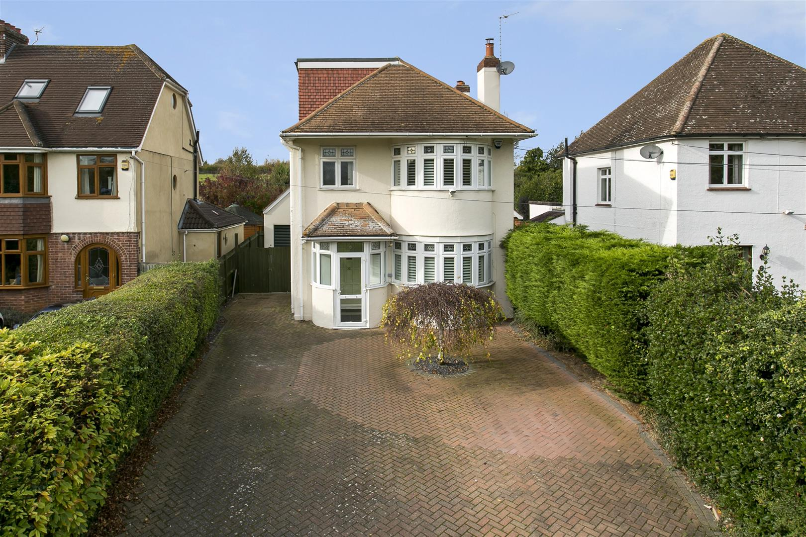 3 Bedrooms Detached House for sale in Castle Way, Leybourne, West Malling